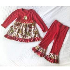 Ann Loren Christmas Ruffle Pants Outfit